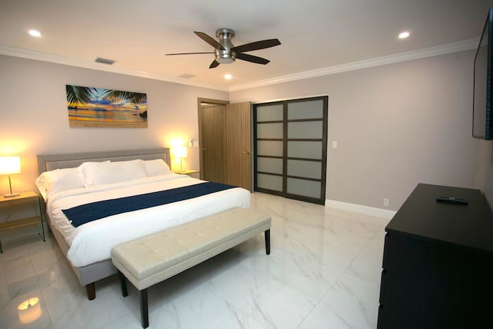 Master Bedroom #2 - King Bed