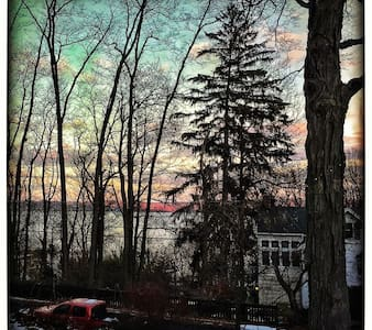 Bright & Charming Hudson River Vu - Piermont