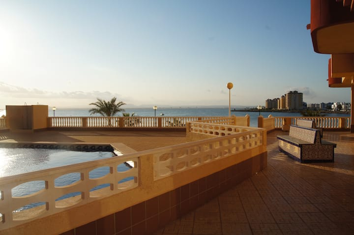 Cozy apartment on La Manga, Spain. Waiting for gue