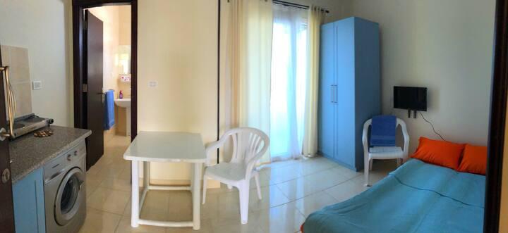 Tiba Plaza cozy studio (free beach very near)