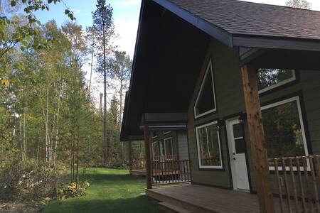 Chris's Country Cabins - Black Bear Cabin