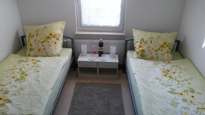 Am Rheinfall - Zimmer 1 - Room 1
