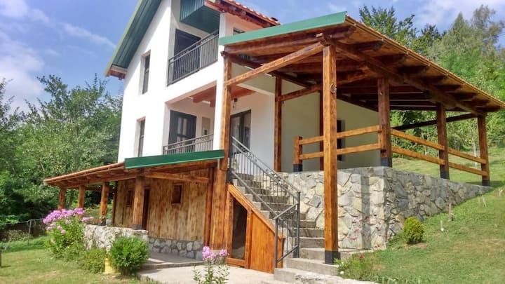 Villa Jezerca