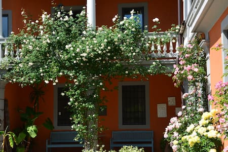 b&b Le Rondini - Bed & Breakfast