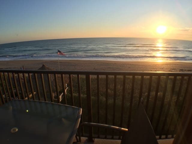 Panoramic View From This Oceanfront Corner Condo