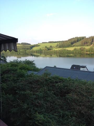 Tolles Ferienhaus mit Traumseeblick - Meinerzhagen - Haus