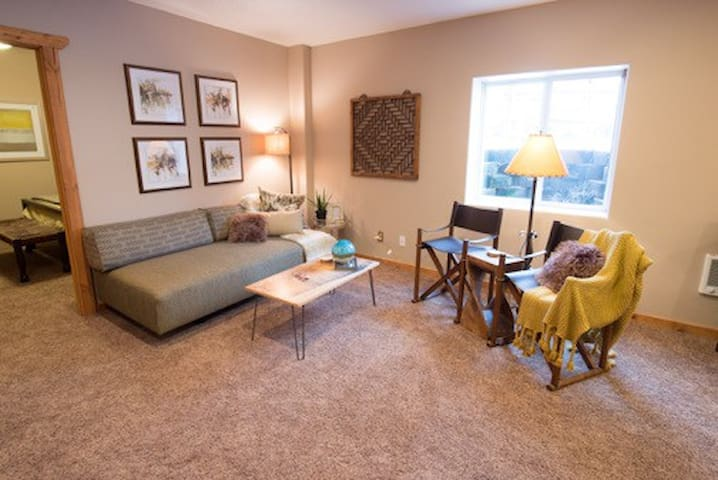 Contemporary yet Cozy for Sundance! - Park City - Apartamento
