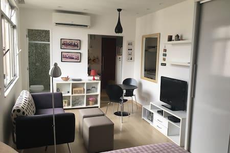 Studio completo no Flamengo - Rio de Janeiro - Apartment