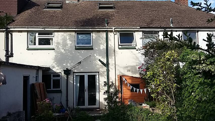 Large house/garden set in beautiful South Downs. - Lewes - House