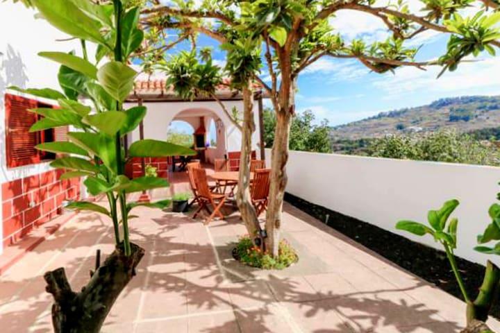 Hacienda Orange Garden with seaview and terraces