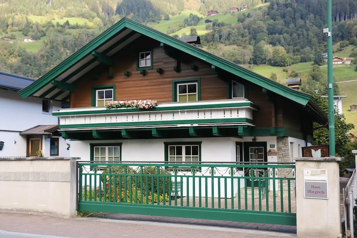 Ein Zuhause auf Zeit - Bramberg am Wildkogel - Dom