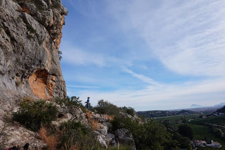Rock Climbing Gandia Crag