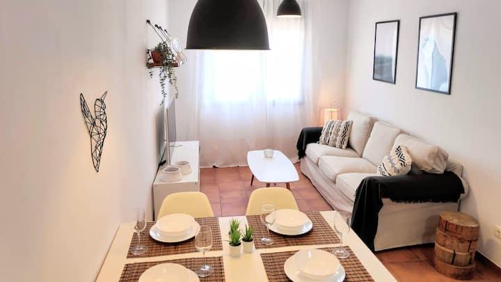 La Rambla Apartment- Terrace & parking