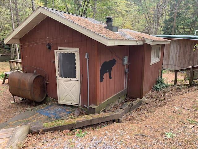 Pine Creek Vacation Get-Away - The Bear Cabin