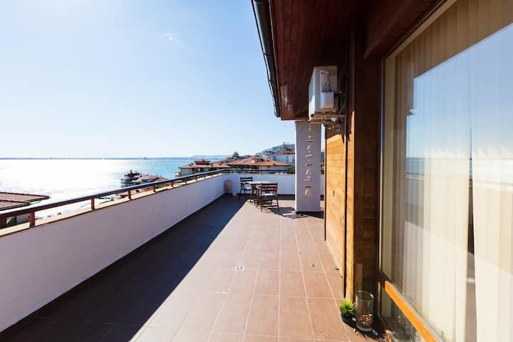 luxury Penthouse with amazing sea views