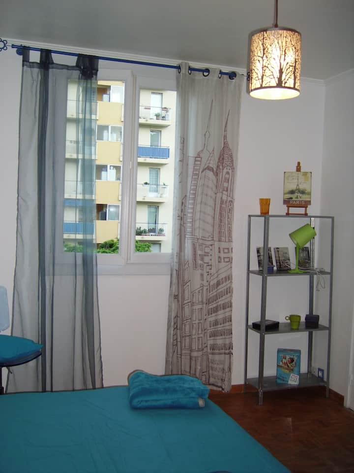 Chambre dans 4 pièces agréable et bien situé (1)