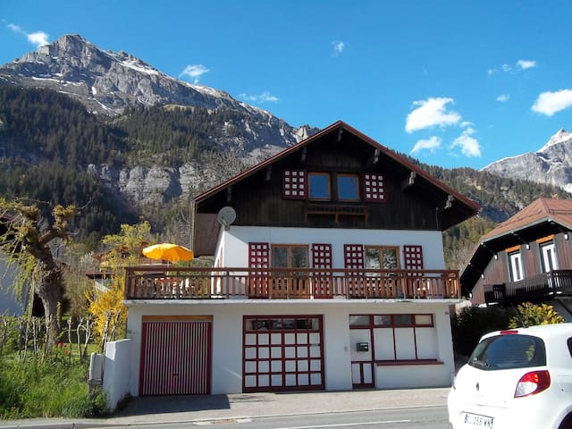 Village d'altitude, chambre 3 - Passy - House