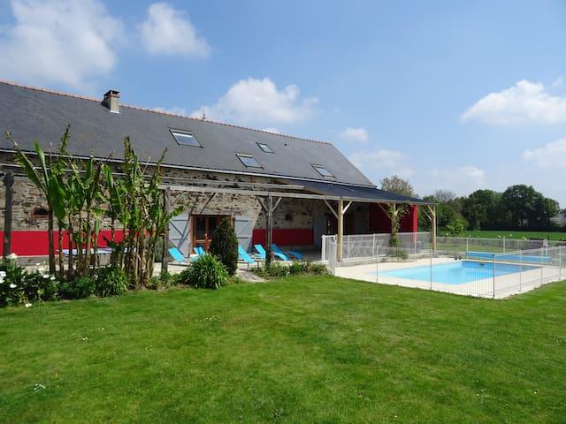 le logis - Villa à la campagne avec piscine