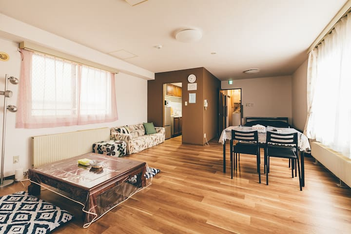 Nice location Otaru 2bedroom w/parking 301