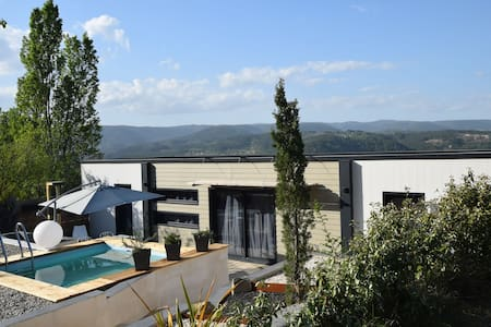 Superbe villa à Les Vans avec piscine