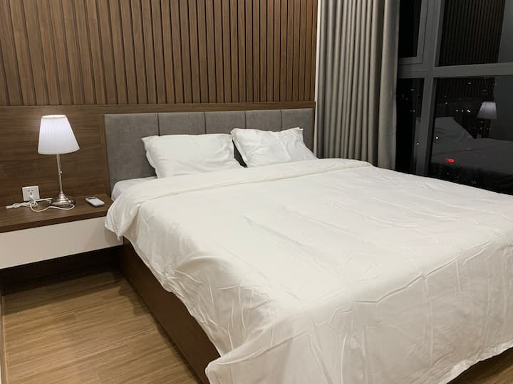 2br Highfloor with city view at Skylake Pham Hung