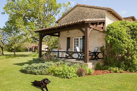 May Cottage at Domaine de Leygue - Bourniquel