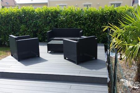 Maison Moderne indépendante (terrasse plein sud) - Argences