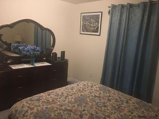 Spacious 1 Bedroom in a convenient location
