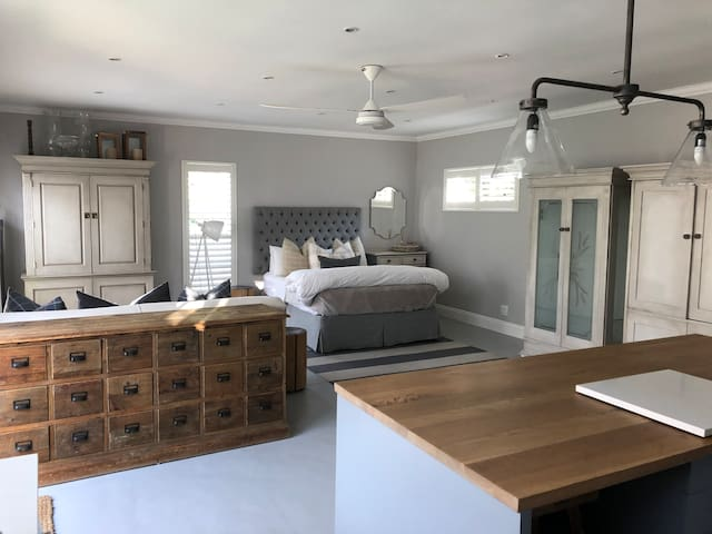 Magazine Featured Cottage In Dainfern Golf Estate