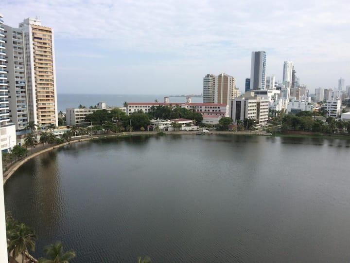 Hermoso apartamento con vista en el laguito