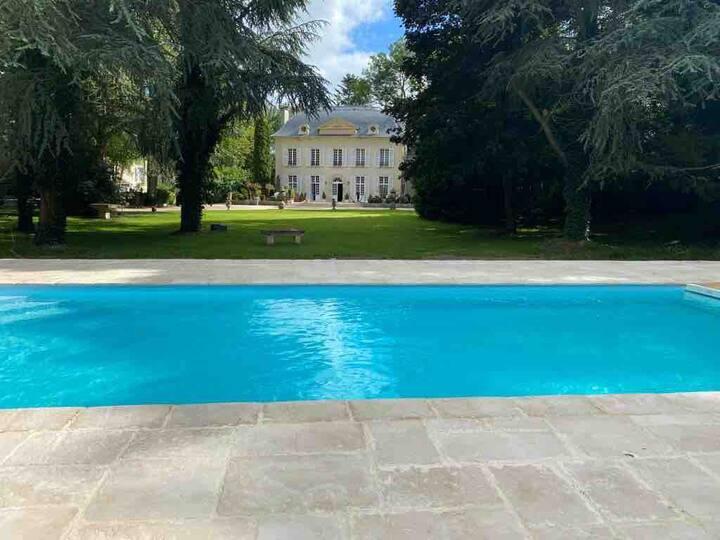 Manoir avec piscine  en Normandie (mini. 7 jours)