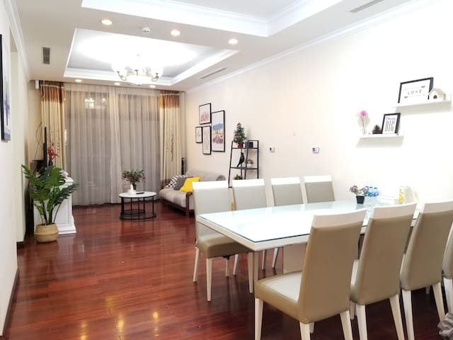 #Luxury Apt 3BR#  5* Vinhomes Royal City Hanoi
