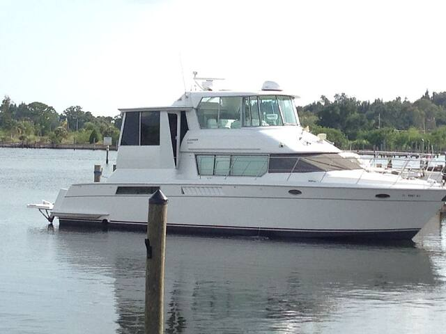50Ft Yacht in Heart of Miami Beach!(new) - Miami Beach - Barco