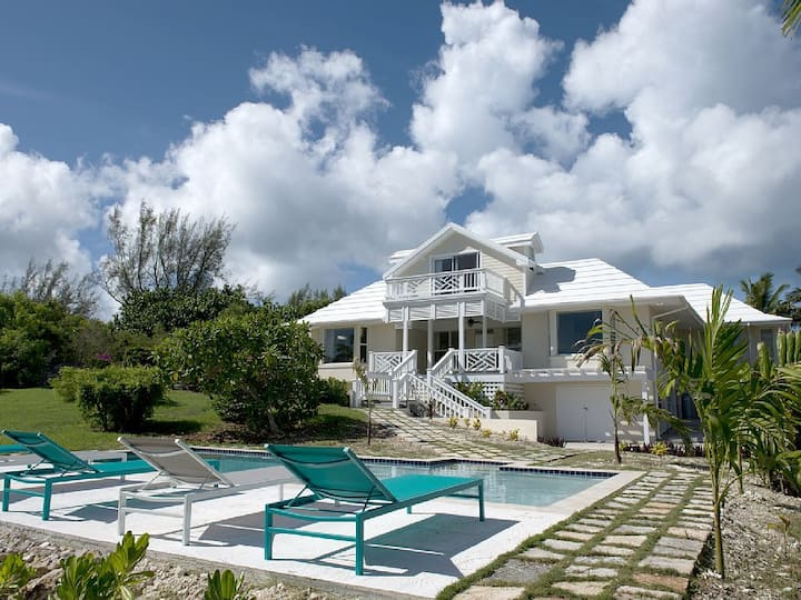Newly Renovated Villa w/ Pool and Ocean Views