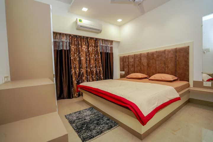 BEAUTIFUL NEW 2BHK@CITY CENTER
