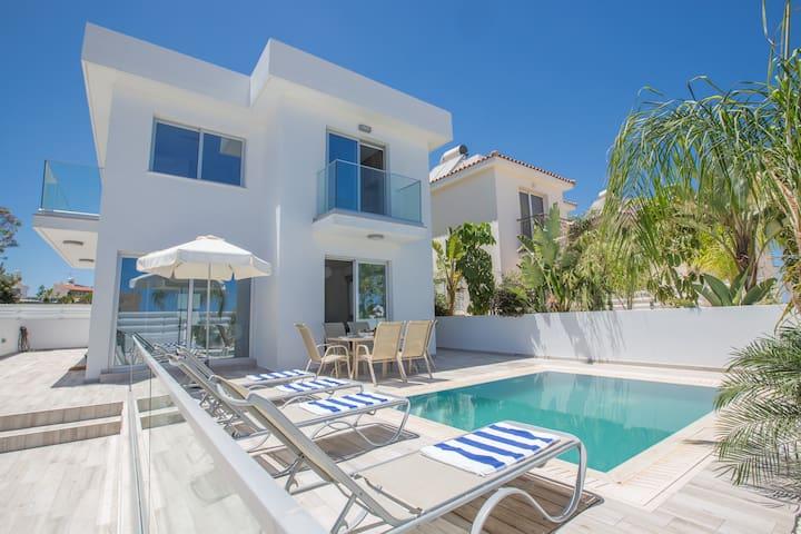 Kitsios Villa with Private Pool No.2
