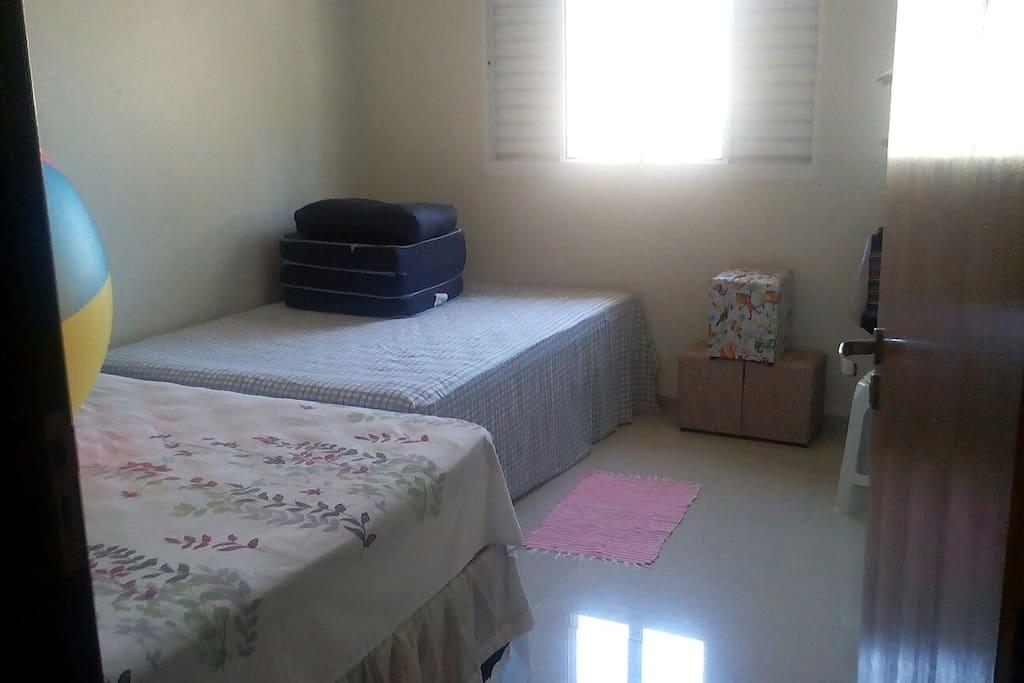 quartos com 2 camas casal