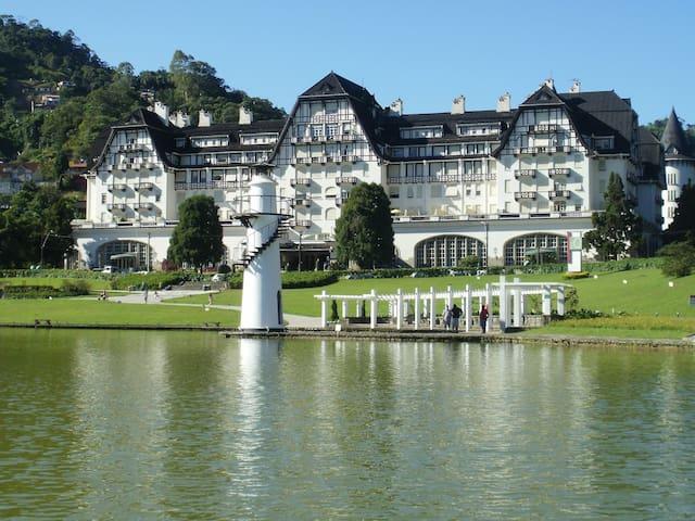 Loft aconchegante no Palácio Quitandinha