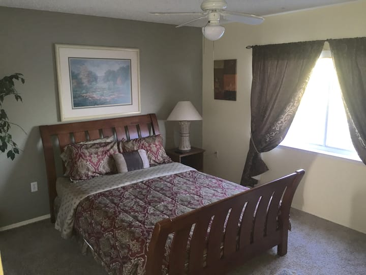Beautiful room with nice lake & conservation view