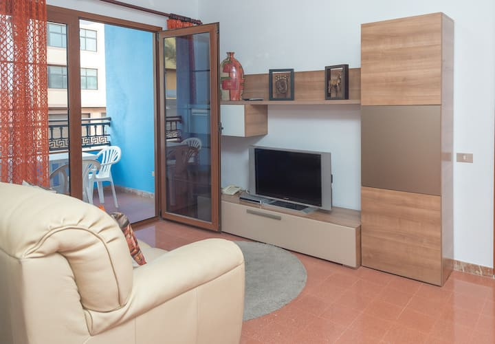 Sardina del Norte with terrace and wifi by Lightbooking