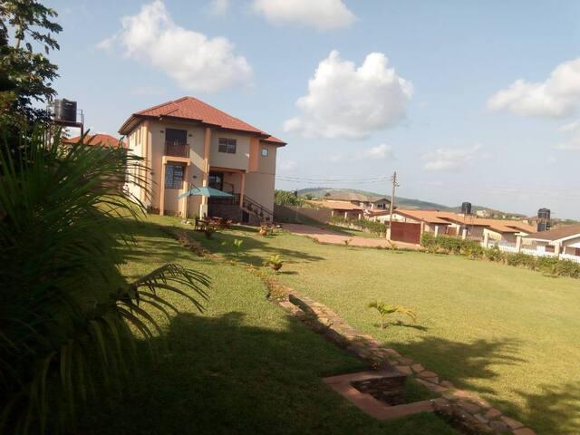 Karibuni Villa