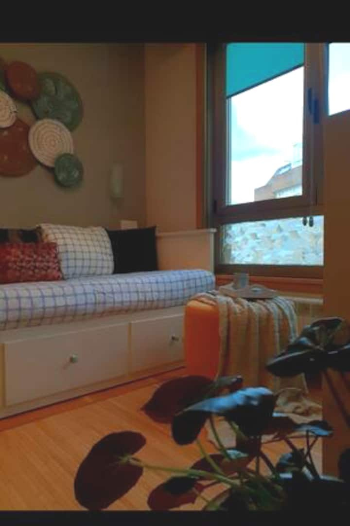 Acogedora habitación privada con baño anexo