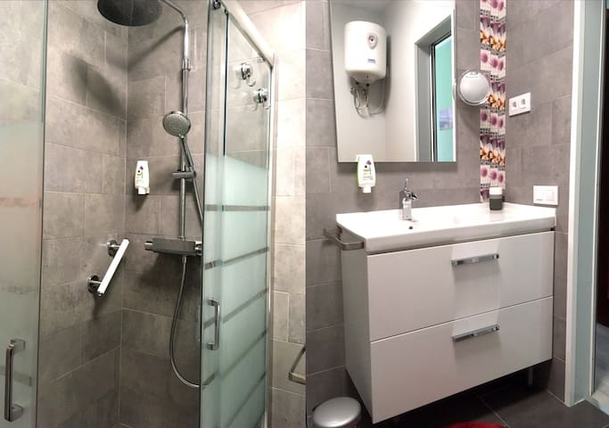 Shower and sink with large drawers