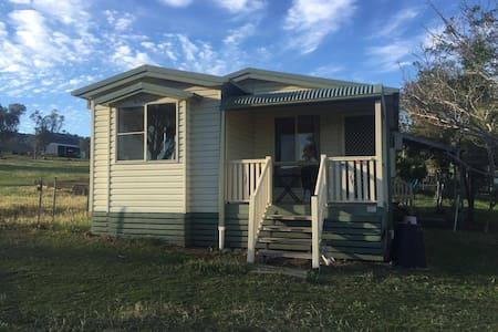 Attunga Park 222 Acres whole Cottage Farm Stay