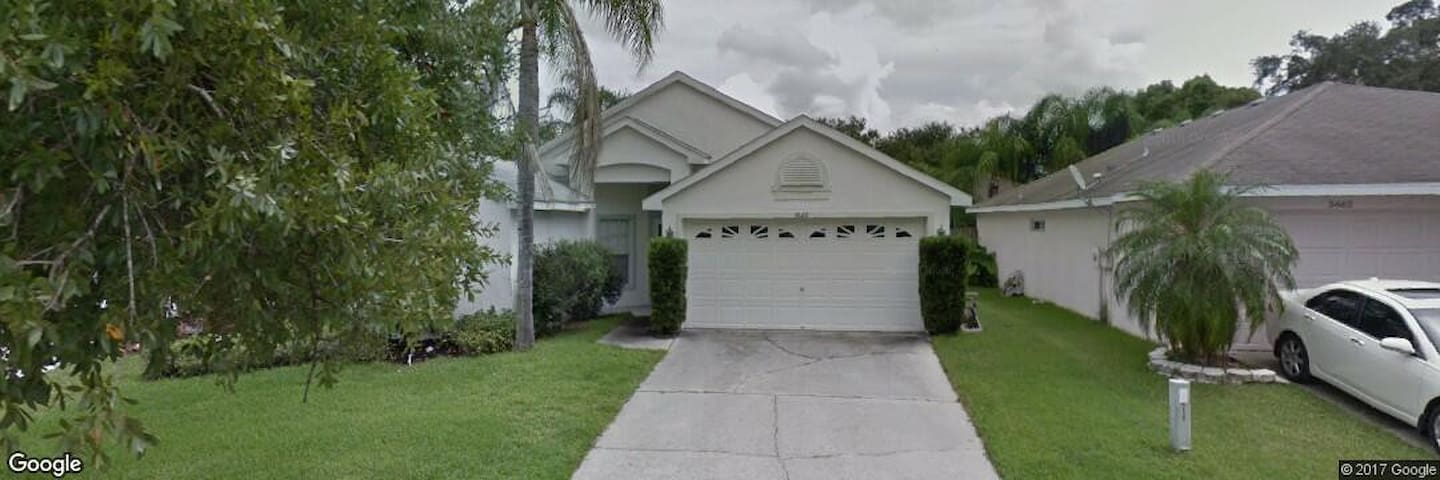Charming 1 Floor House with a Pool - Tampa - Casa