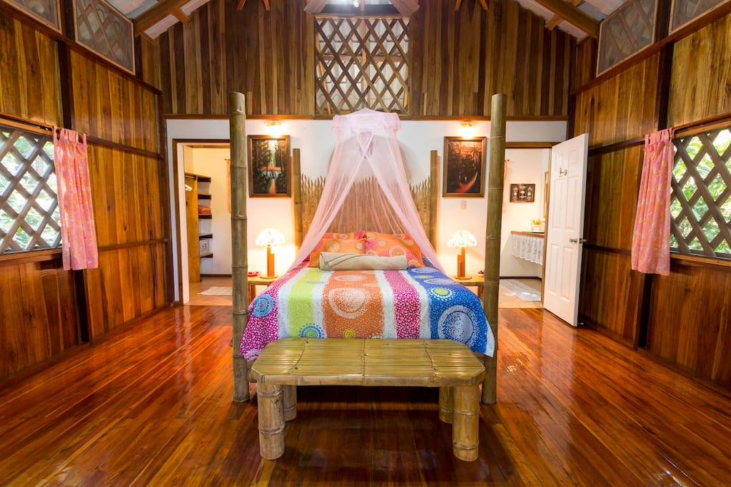 Spacious Bungalows with in room safe