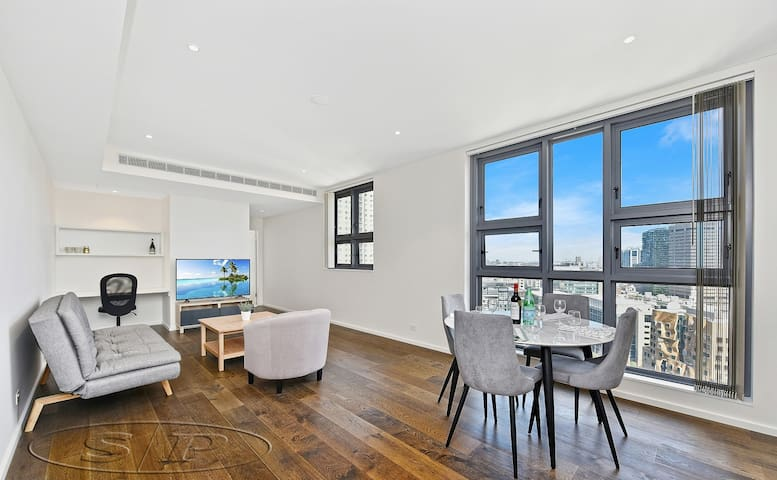 (H) Luxury & Classic City View Executive Apartment