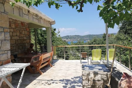 Sea view  family holiday house Vela Luka , Korcula