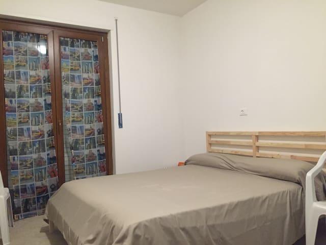 Camera in villa con bagno con bagno esclusivo - Pescara - Talo