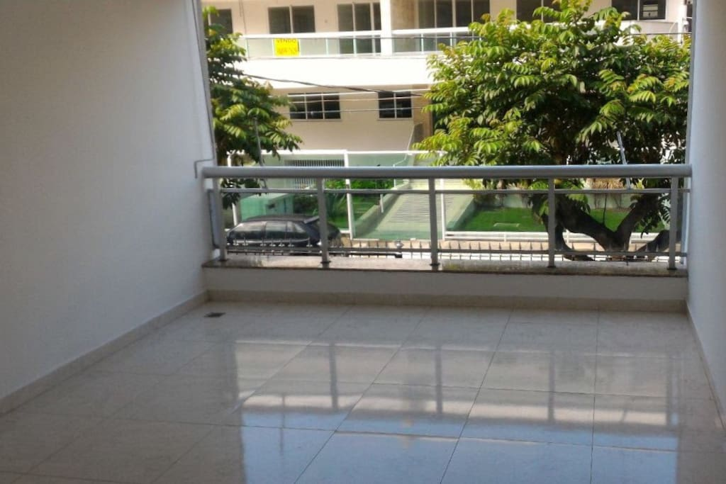 1st balcony